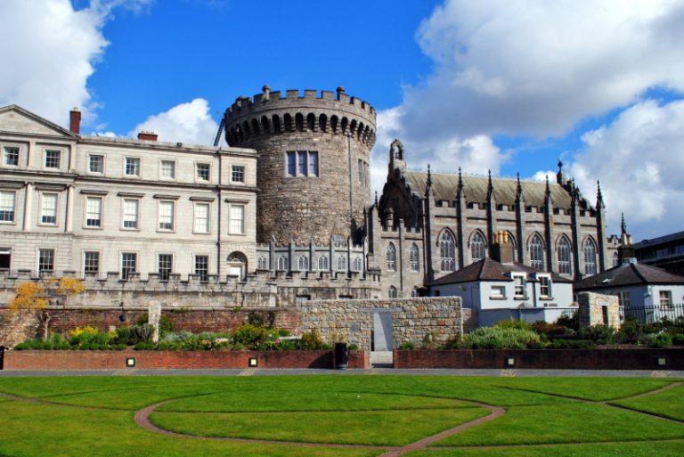 city-to-city-chauffeur-service-dublin-castle-in-dublin-ireland-premier-chauffeur-drive